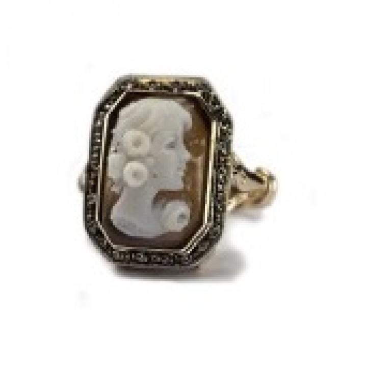 Золотое кольцо Agemina  камея