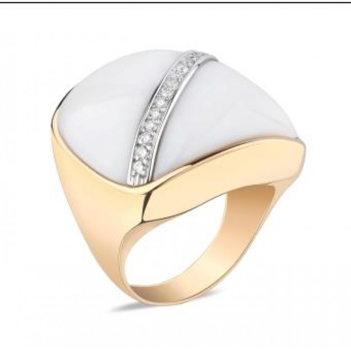 Золотое кольцо Ugolongobardo c белым агатом и бриллиантами