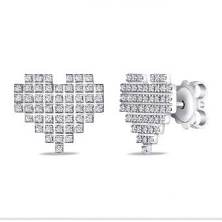 Золотые серьги Leaderline c бриллиантами в форме сердца